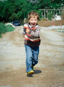 phonics for active kids - young boy running